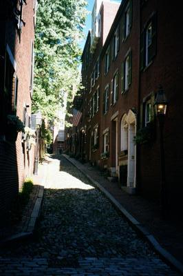 Acorn Street dans Beacon Hill (Boston, 2001/09/16)
