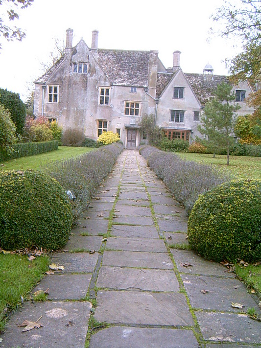 Le manoir d'Avebury (UK, 31 Octobre 2004)