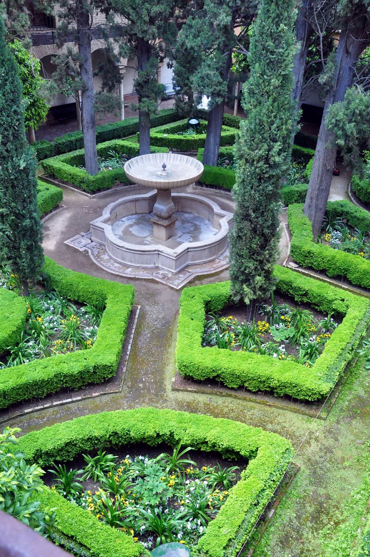 L alhambra grenade for Jardin en espagnol
